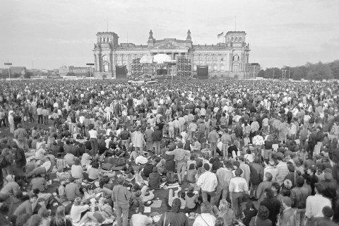 کنسرت دیوید بووی در سال ۱۹۸۷