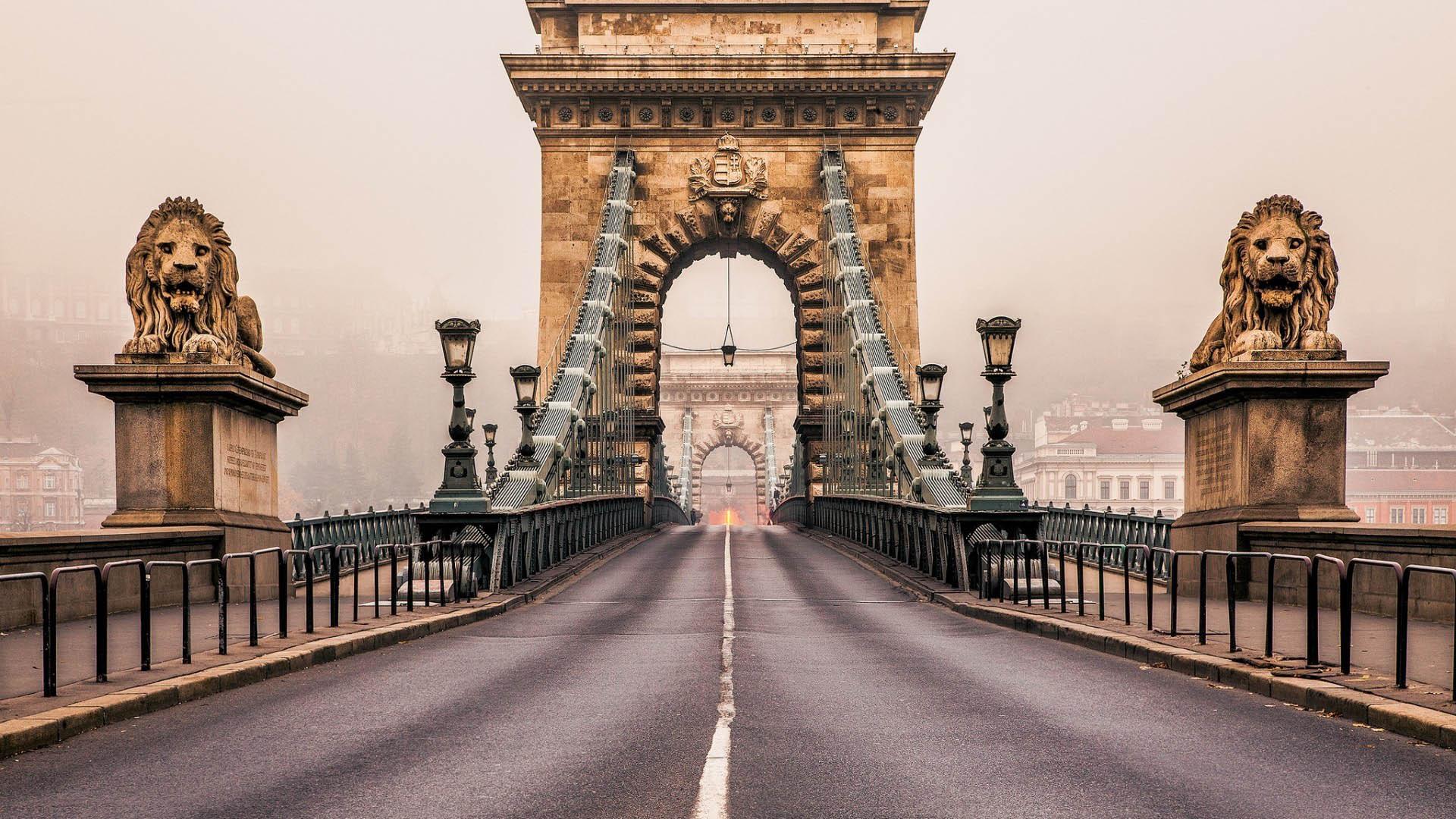 پل زنجیر - بوداپست