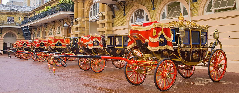 درشکه های کاخ سلطنتی Buckingham