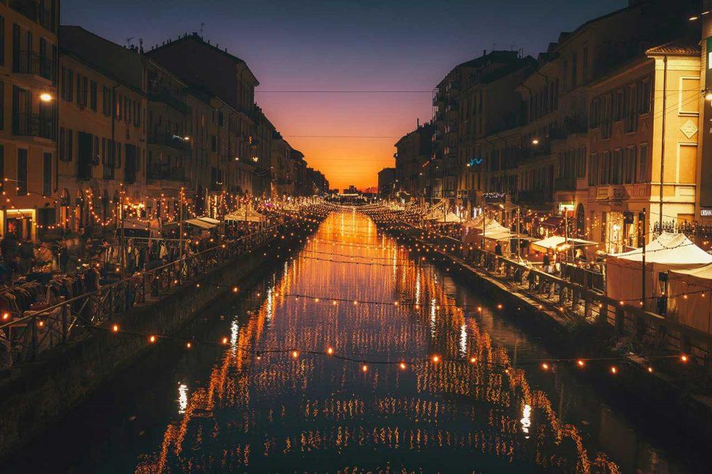 Alzaia-Naviglio-Grande,-Milano,-Italy