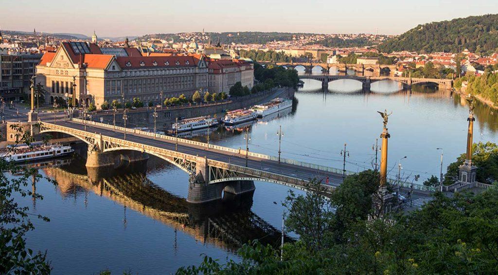 تحصیل کارشناسی ارشد در چک