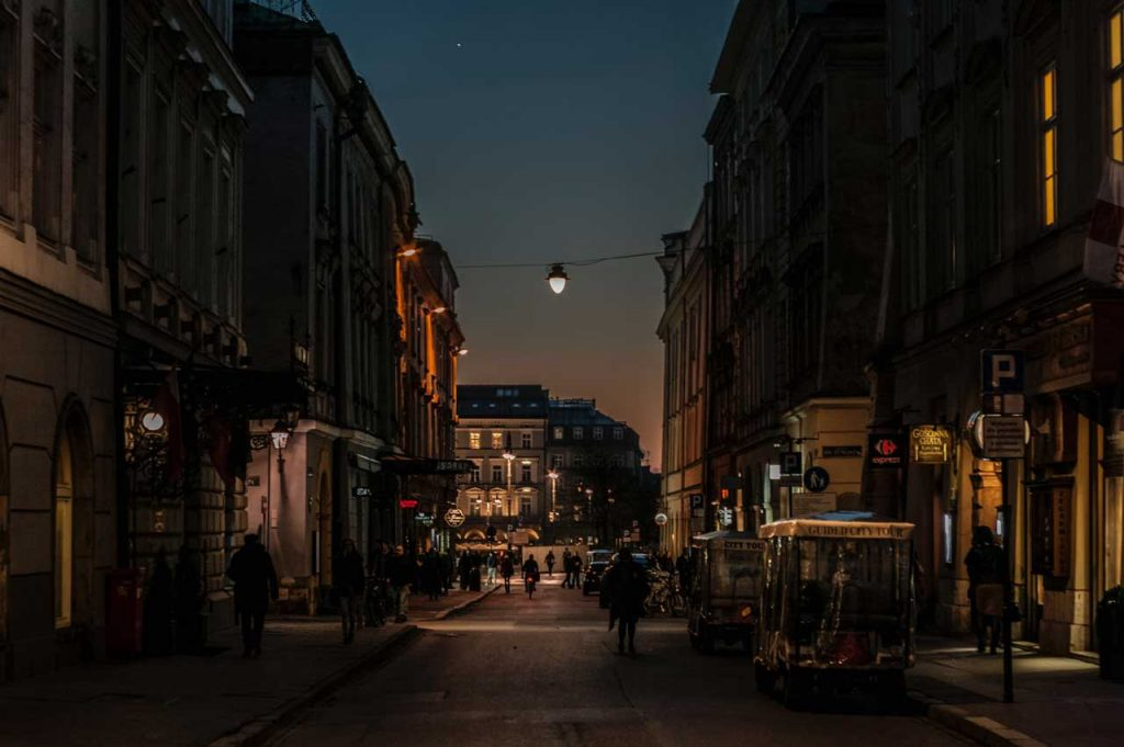 Kraków-by-night